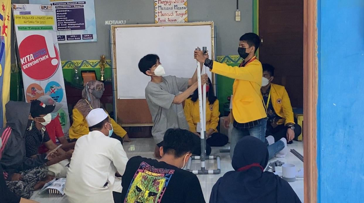Mahasiswa ULM Buat Sajak untuk Masyarakat Banua Anyar