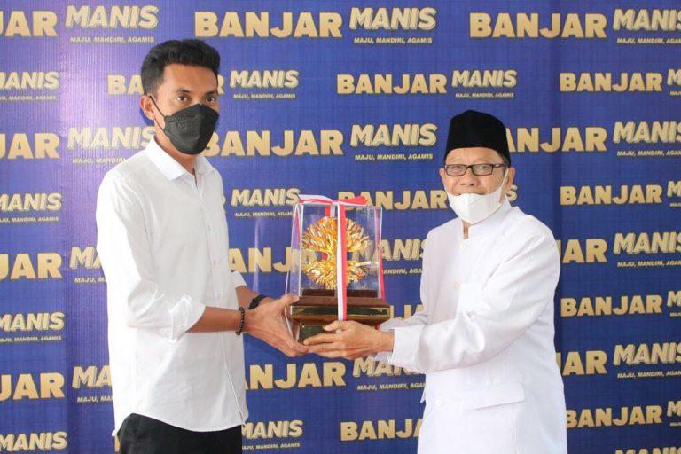 Anugerah Kalpataru 2021 dari Menteri LHK Tiba di Martapura