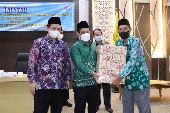 Forum Purnabakti Pemko Banjarmasin Gelar Silaturahmi dan Tausiyah